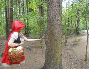 Косплей Красная Шапочка (Cosplay Red Riding Hood)